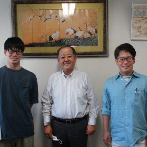 2021年度高次臨床修練Ⅴ期 萩原伊織さん(左)秋葉大地さん(右)